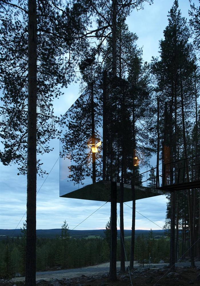 unique unusual tree hotel harads sweden most beautiful houses in the world. Black Bedroom Furniture Sets. Home Design Ideas