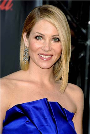 Christina Applegate was born on 25th November 1971.