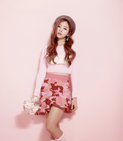 Minx Ji-U GanGee January 2015