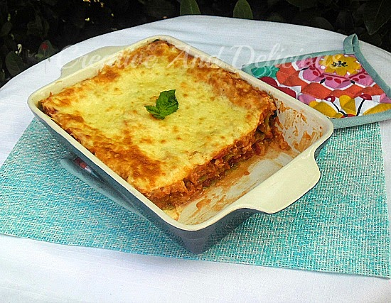 Tomato and Basil Chicken Lasagna ~ #PastaDish #Lasagna #ChickenLasagna #Chicken