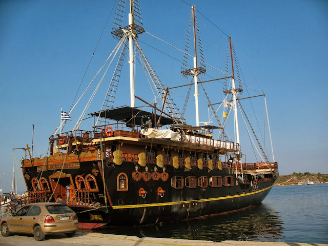 Ormos Panagias port
