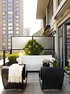 Desain Balkon Rumah 9