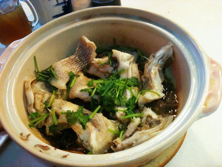 Sun sea and sand chong fue clay pot fish ss15 for Clay pot fish