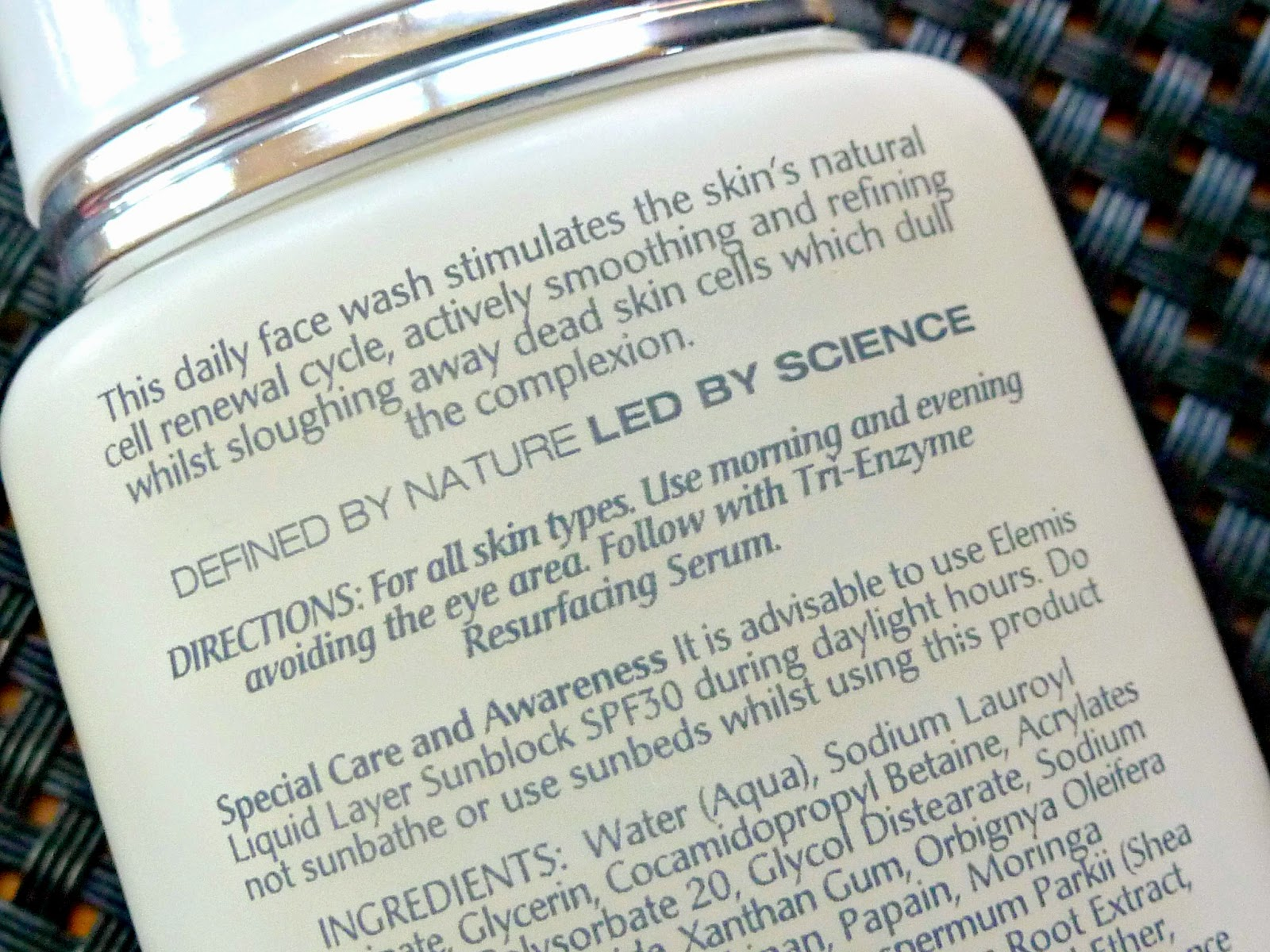 A picture of the Elemis Tri-Enzyme Resurfacing Facial Wash