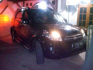 Pengambilan Mobil Daihatsu Terios B  1723 FKD Palangkaraya di Bekasi