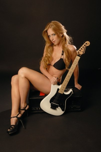 from Marvin courtney cox guitarist nude