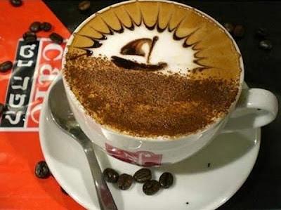 art gallery in a cup of coffee01 Koleksi Gambar Kesenian Corak Air Kopi dalam Gelas