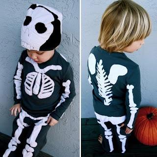 Fantasia de esqueleto para crianças