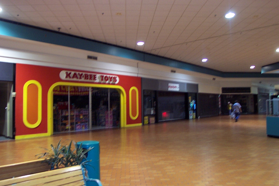 trip to the mall flashback machesney park mall in