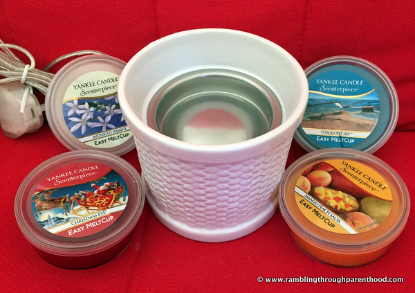 Yankee Candle Scenterpiece Easy MeltCup Warmer and selection of Easy MeltCups