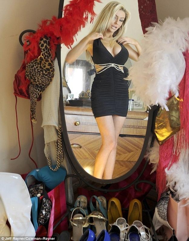 courtney-stodden-dress