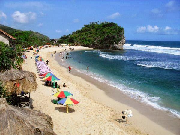 wisata pantai pasir putih jogja