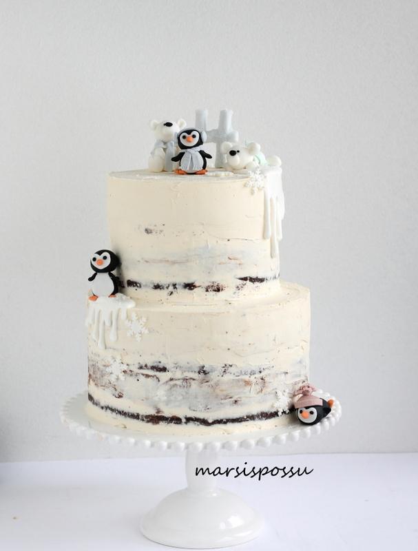 Talvinen naked cake