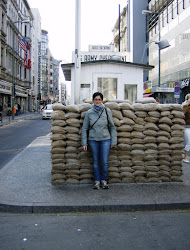 Al Check Point Charlie
