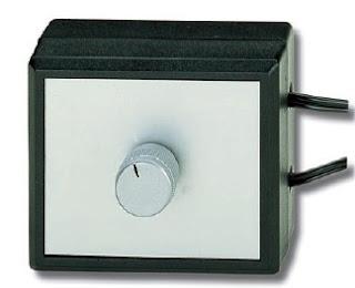 schema et montage d 39 un variateur simple pour lampe 220 a base de schema electronique. Black Bedroom Furniture Sets. Home Design Ideas