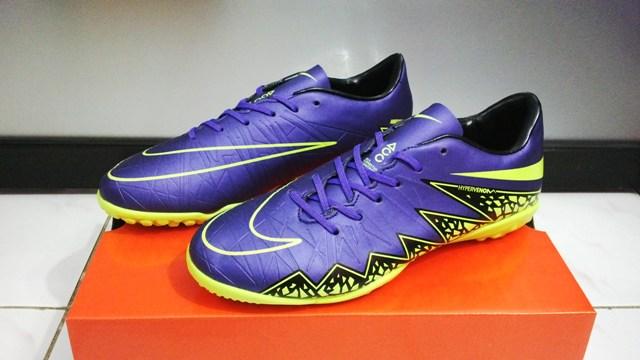 Sepatu Nike,Sepatu Futsal Nike,Sepatu Bola Nike,BQ