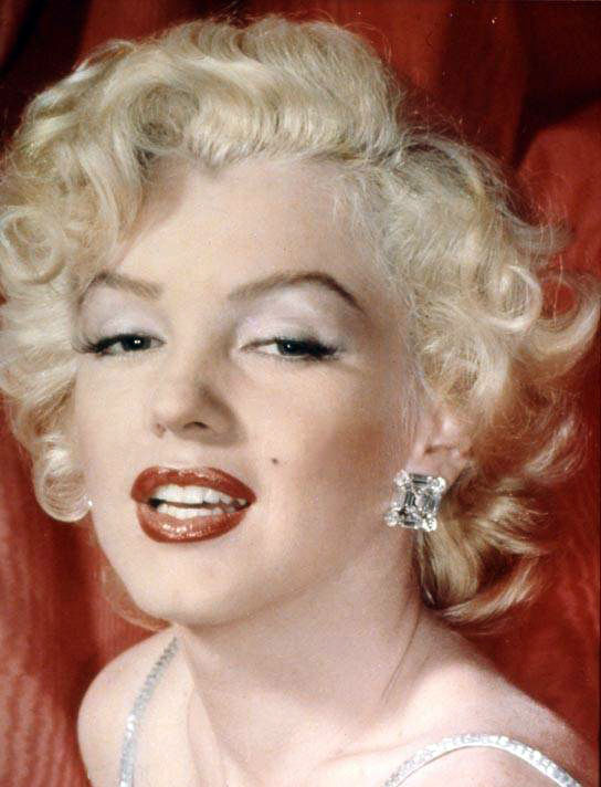 Marilyn Monroe Eye Color Of marilyn monroe using