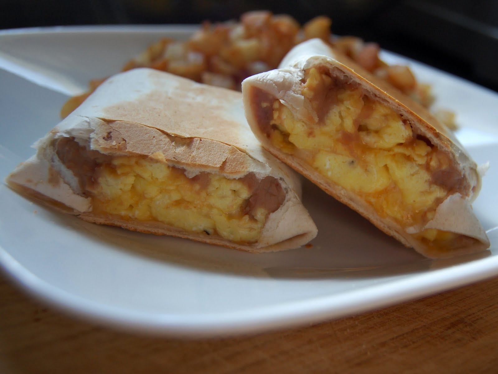 Cassie Craves: Egg, Bean and Cheese Burritos