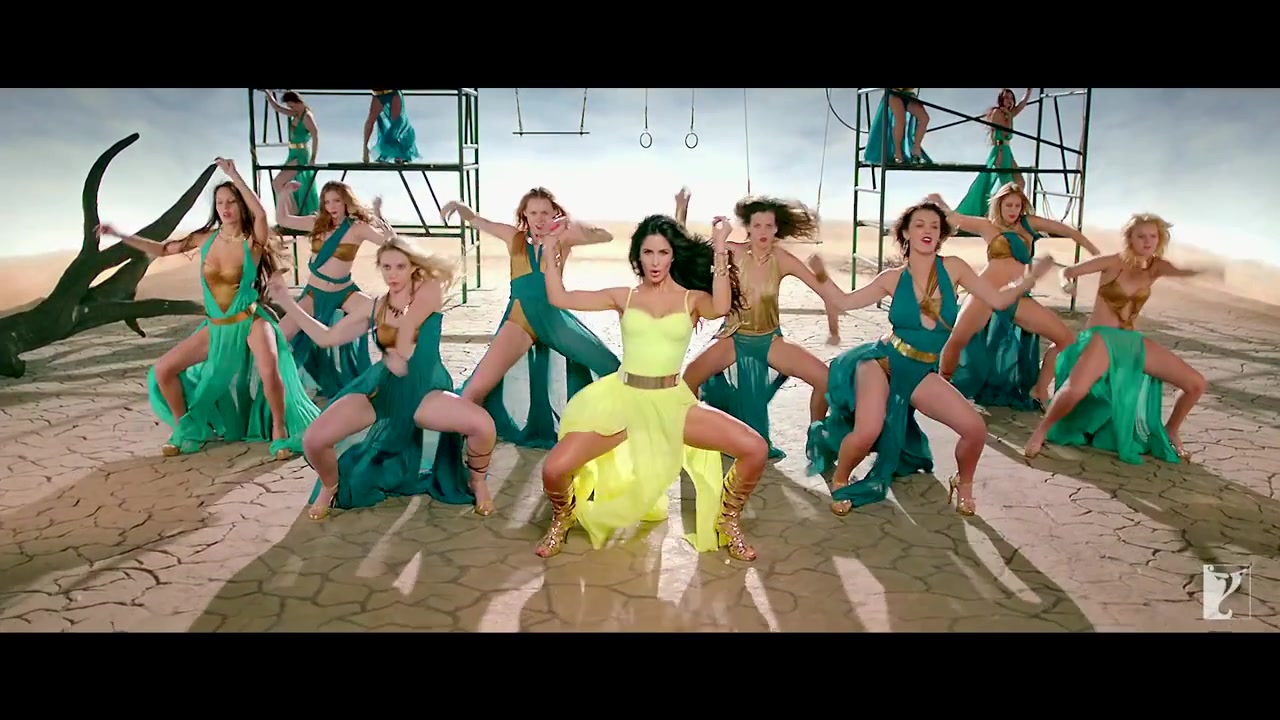katrina kaif hd stills from dhoom machale song of dhoom 3