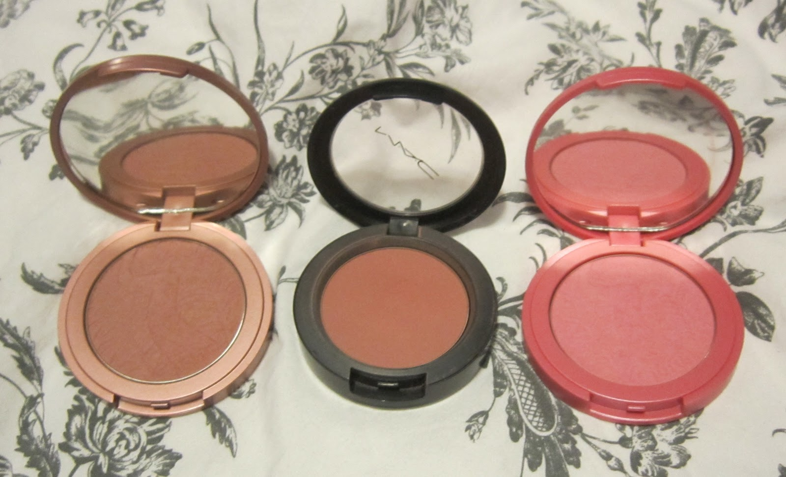 My Makeup Issues: MyTop Go To Blushes - MAC Blushbaby, Tarte ...