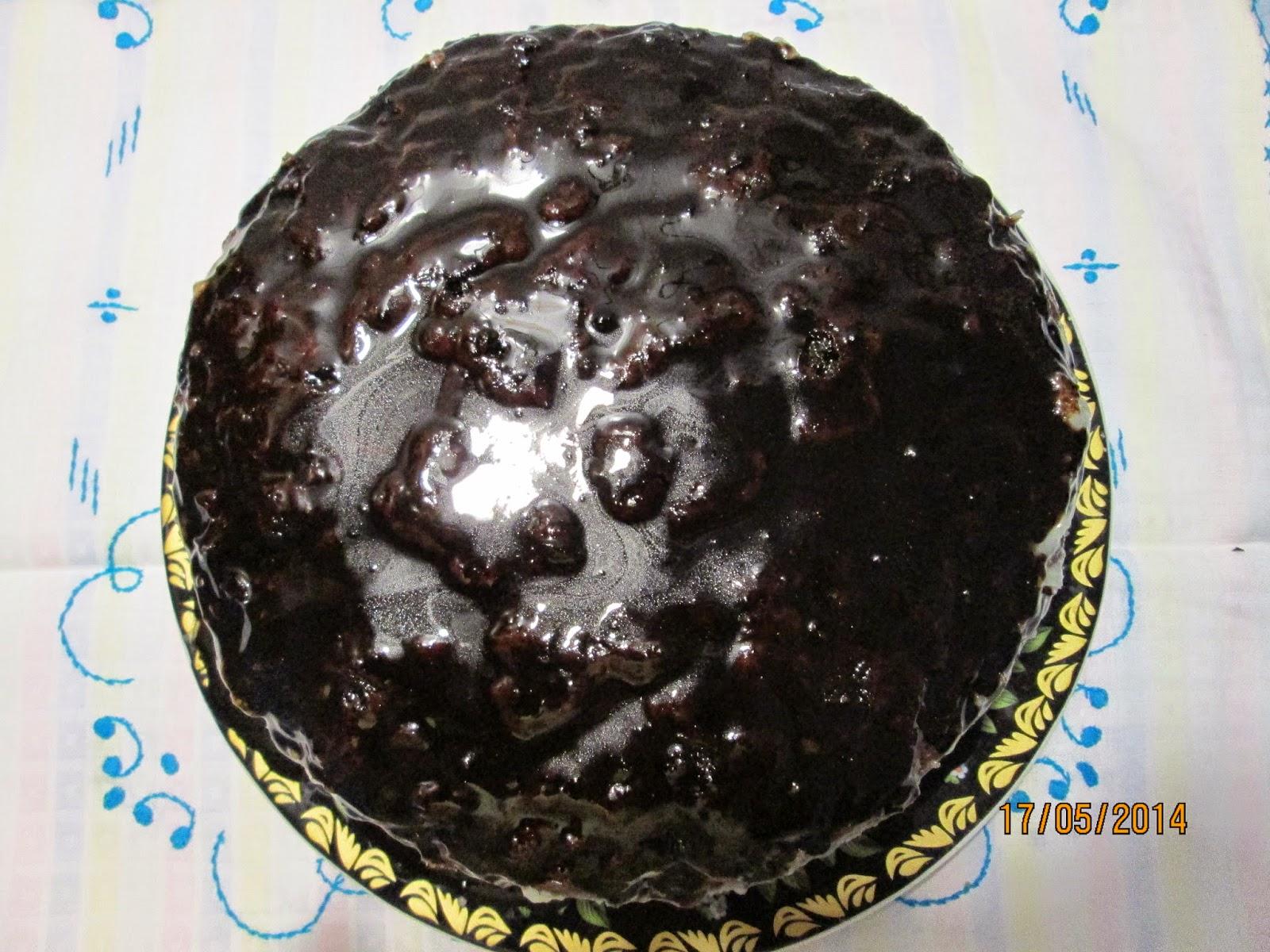 шоколадный торт с кокосовым кремом в мультиварке