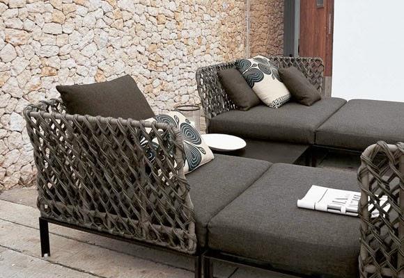 Marzua mantenimiento de los muebles de exterior for Sofa exterior hierro