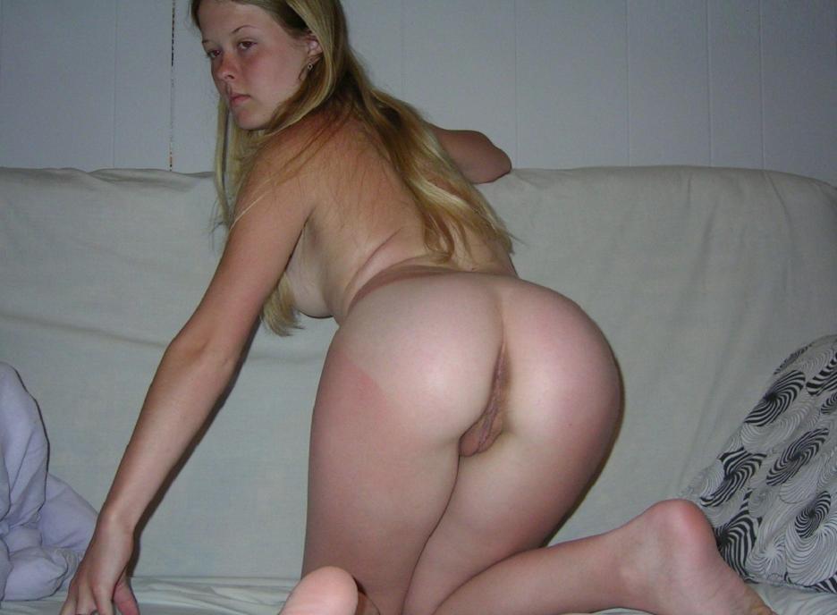 Pussy Flasher Schlampe laden