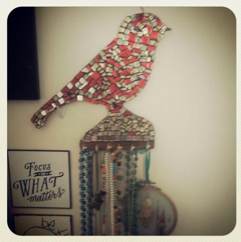 diy mosaic jewellery holder bird