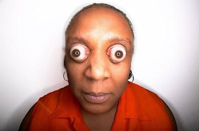 http://2.bp.blogspot.com/-UGCmYtRYa_w/T-03kSyMNDI/AAAAAAAARhc/1fRkKyPBoFI/s1600/kim+goodman+pop+eyes.jpg