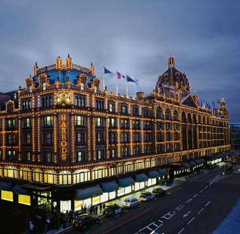 fabulous london harrods a temple for luxury shopping. Black Bedroom Furniture Sets. Home Design Ideas