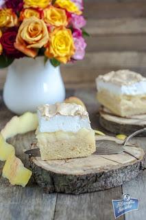 Ciasto z jabłkami i bezą