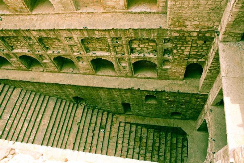 Baño Invisible Japon:El Agrasen ki Baoli en Nueva Delhi – RUTA 33