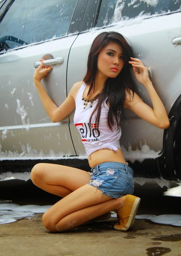 Girl Car wahs