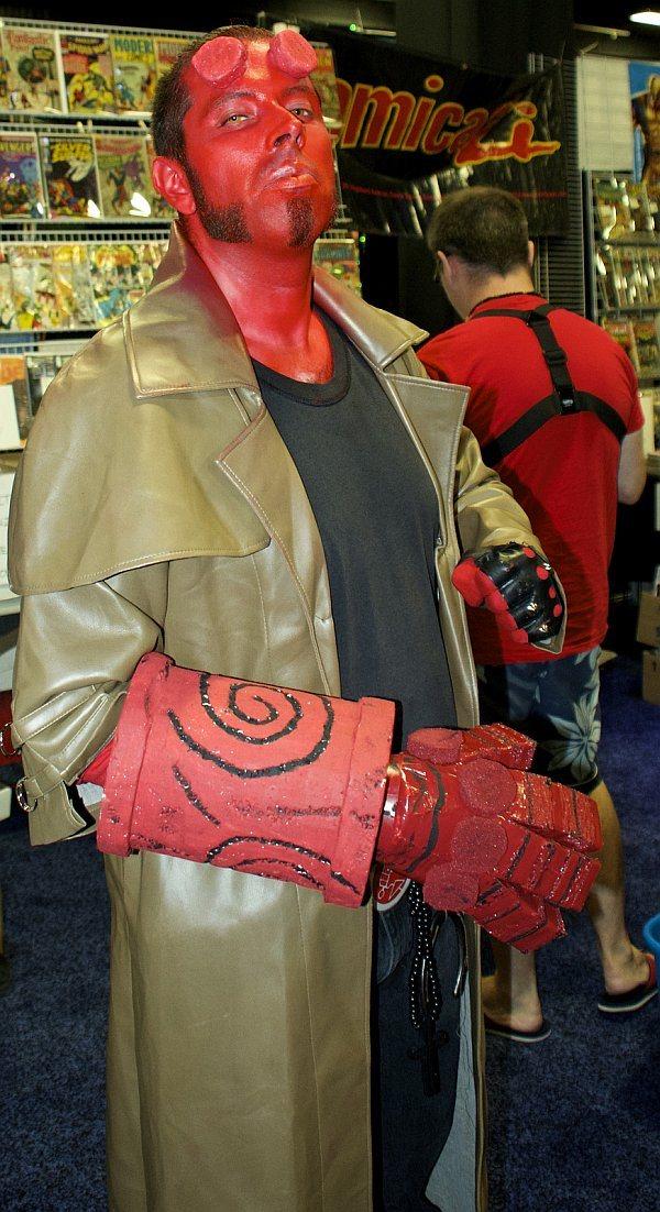 cosplay quebec y otros usuarios que asistieron al comic con en boston