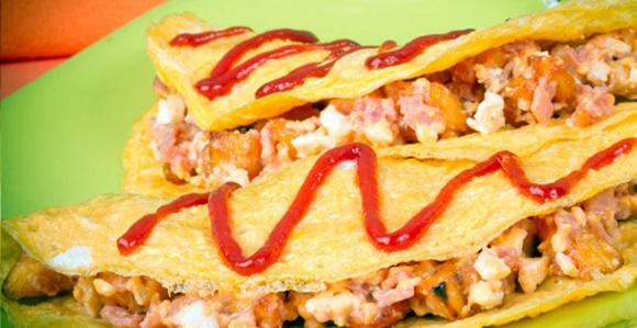 Omelette Relleno De Platano