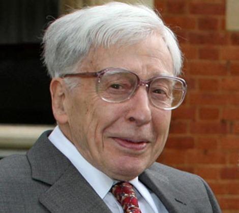 Robert Geoffrey Edwards net worth