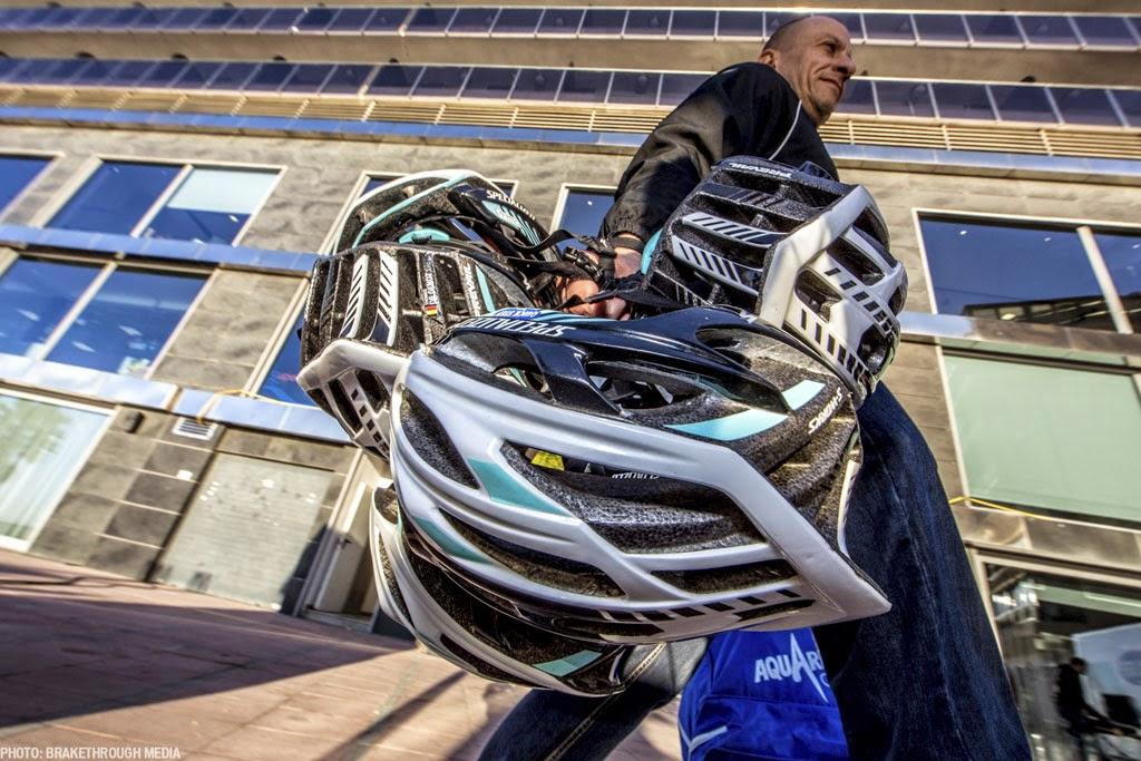 [photo]Prevail と Evade の使用例に見るヘルメットの選び方
