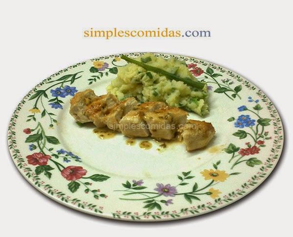 Pollo al Limon con Pure de papas Irlandes