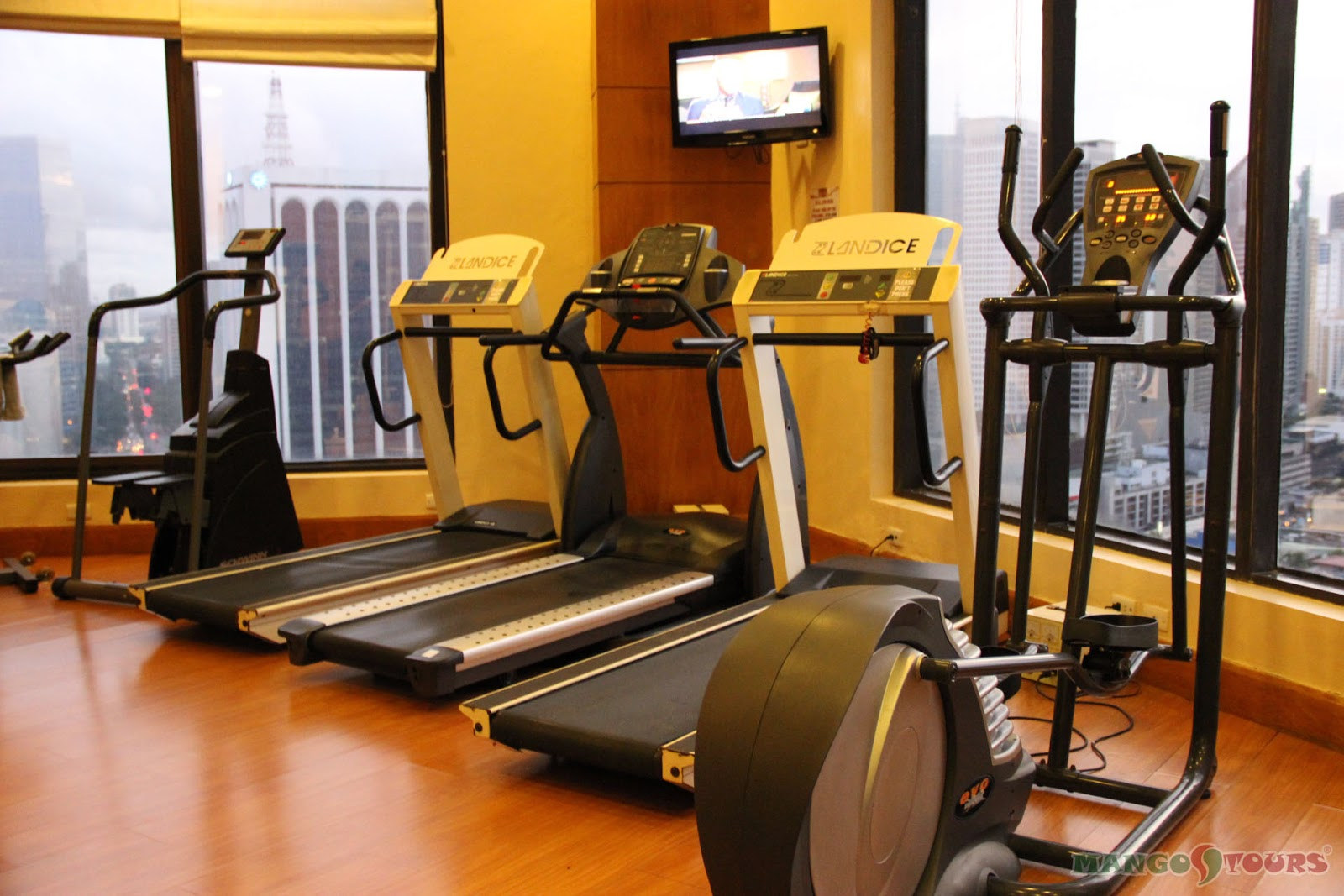 City Garden Hotel Makati gym fitness center