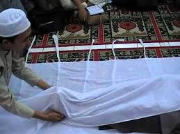 Tata cara Mengkafani Jenazah Menurut Syariat Islam
