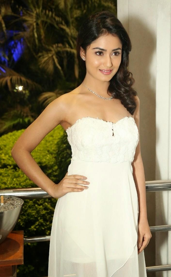 tridha hot images