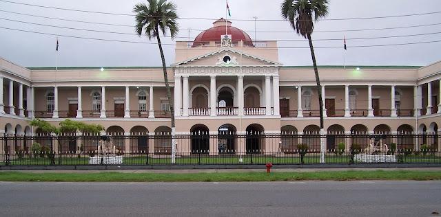 Imag Parlamento-Guayana