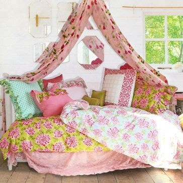 new home design ideas theme inspiration 11 canopy bed. Black Bedroom Furniture Sets. Home Design Ideas