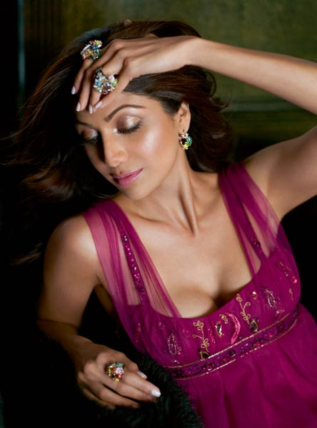 Shilpa Shetty Hot Pics gallery pictures