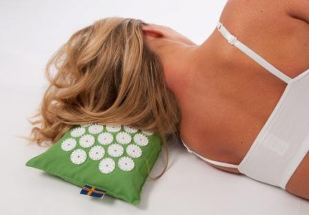 Tappetini per agopressione e cuscini per cervicale - Cuscino per cervicale ikea ...