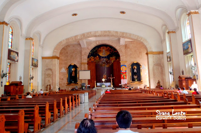 Sta. Cruz Church Visita Iglesia