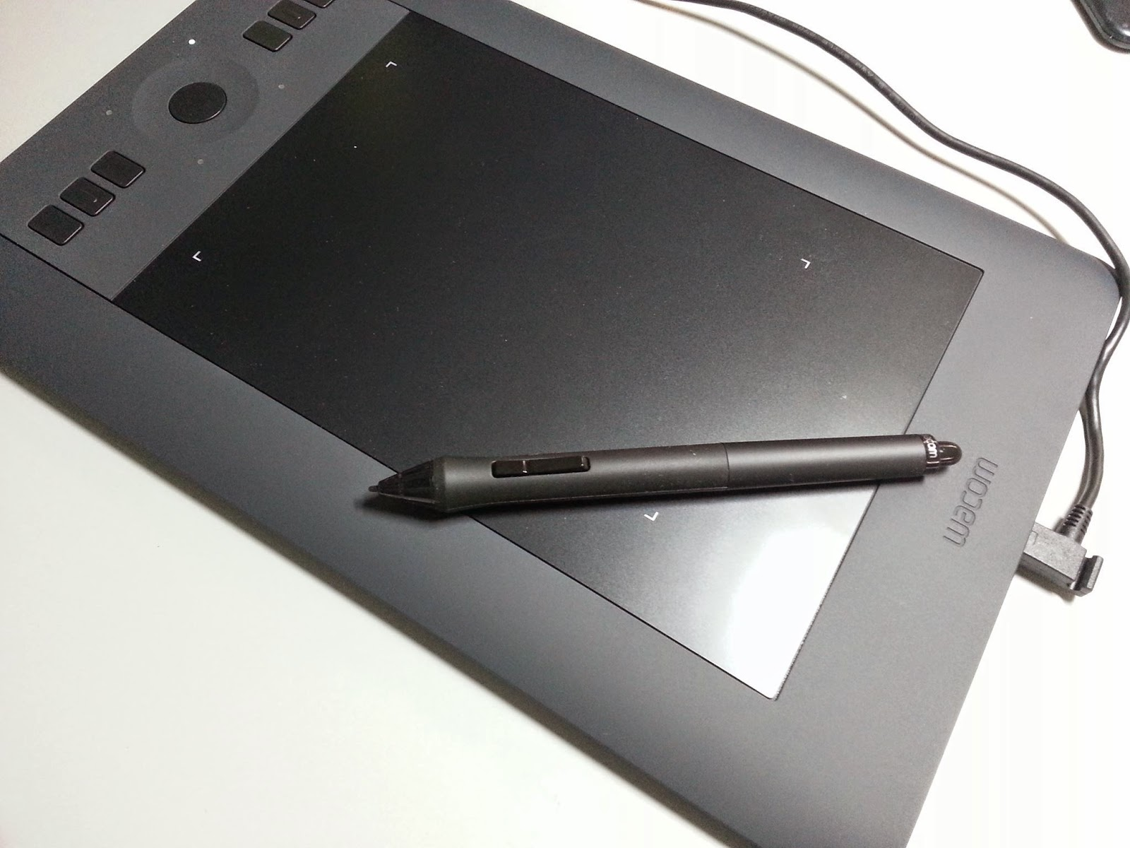 how to fix scratches on wacom tablet