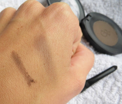 golden-rose-eyebrow-powder-106-swatch