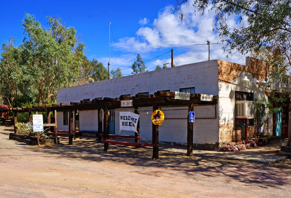Mojave desert small towns of southern nevada for Small towns in southern california