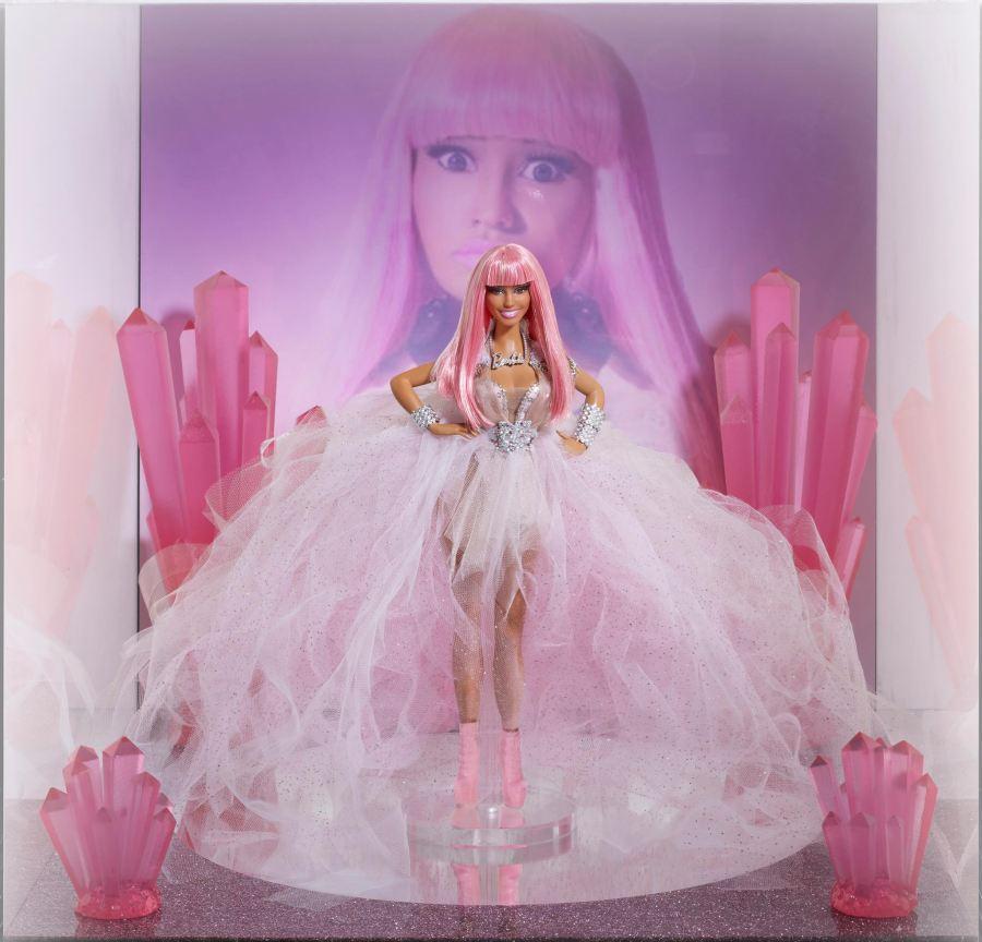 Katy Perry 'KatyCat' & Nicki Minaj 'Her Minajesty' Barbie ...